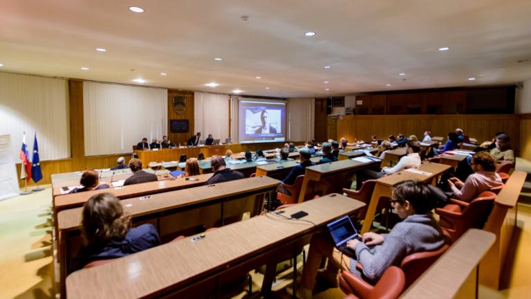 Popularizacija digitalne demokracije v Kranju in Velenju